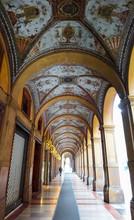 Bologna Arcades (porticos), Em...