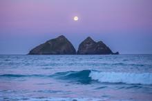Full Moon Setting At Holywell ...