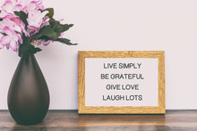 Inspirational Quotes - Live Si...