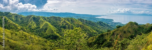 Fototapeta chocolate hills in siquijor on a warm sunny day, philippines obraz