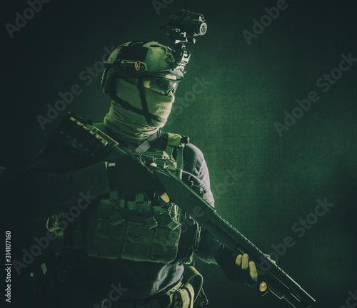 Fotomural Shoulder portrait of army elite troops soldier, anti-terrorist tactical team wit