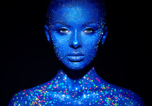 Fashion Model Woman In Blue Br...