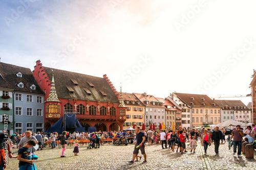 Münsterplatz, Freiburg im Breisgau, Baden-Württemberg, Deutschland