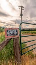 Vertical Frame Security Gate A...