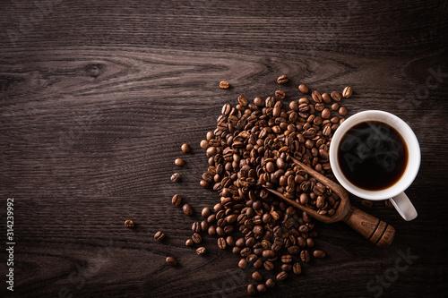Obraz na plátně ホットコーヒーとコーヒー豆