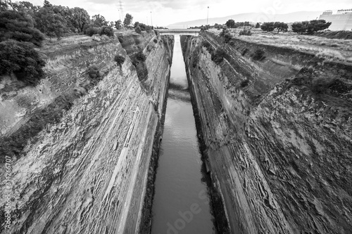 Fototapeta black and white view of the Corinth Canal in the Isthmus of Corinth, Greece