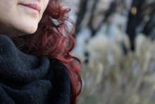 Donna Che Passeggia In Inverno