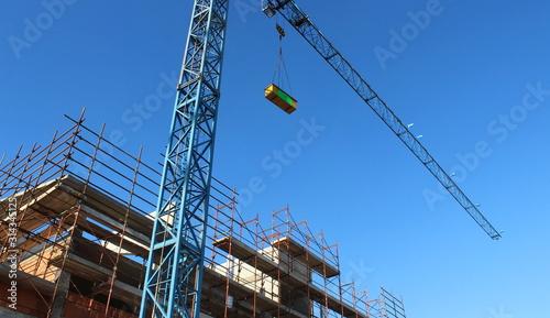 Photo  Lavori in corso nel cantiere edile in inverno