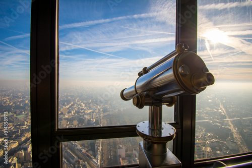 Fototapeta Tour Montparnasse telescope with which you can see all of Paris  obraz