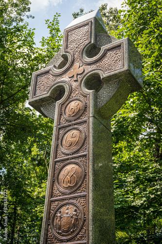 Fotografia  The Celtic Cross memorializing the New York Infantry Irish Brigade Monument at Gettysburg National Historic Battlefield in Gettysburg, Pennsylvania