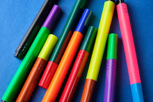 Multi Colored Felt Pens With W...