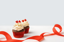 Chocolate Cupcakes With Red He...