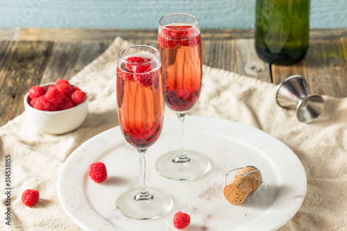 Refreshing Alcoholic Kir Royale Fototapet
