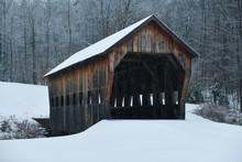 Mill Brook Covered Bridge - Ve...