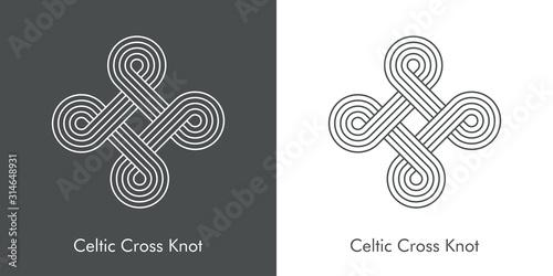 Fotografía Nudo celta entrelazado en forma de cruz