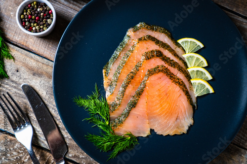 Smoked salmon with dill and lemon Poster Mural XXL