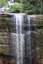 Wasserfall Im Shimba Hills Nat...