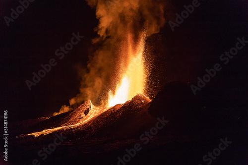 Eruption du volcan Piton de La Fournaise