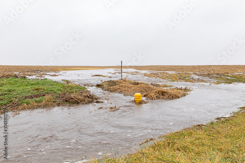 January storms with heavy rain caused flash flooding in Illinois farm field, ove Fototapeta