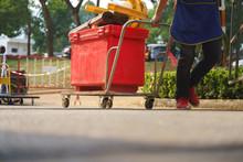 Asian Street Stall Owner Push ...