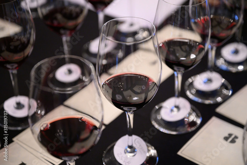 Fotografia Wine tasting competition