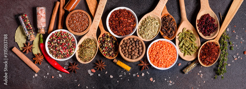 Papel de parede A set of spices and herbs