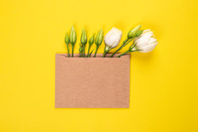 Eustoma Flower Arrangement Wit...