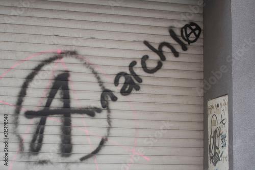 Fotografie, Obraz anarchie
