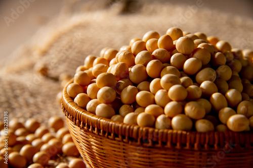 Canvastavla Soy bean as food background