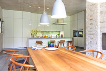 Modern Open Plan Kitchen And D...