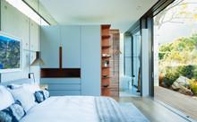 Modern, Luxury Home Showcase B...