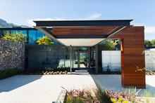 Sunny, Modern Luxury Home Show...