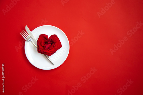 Obraz Valentine's day romantic dinner congratulation. Selective focus. - fototapety do salonu