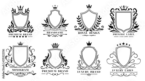 Cuadros en Lienzo Royal shields badges