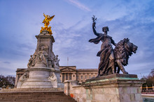 UK, England, London, Low Angle View Of Victoria Memorial At Dawn