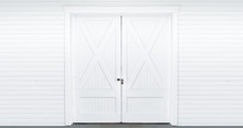 White Barn Doors W/ Lock (4k)