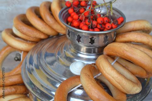 Fototapeta samovar detail vintage russian traditional metal with bagels and rowan obraz