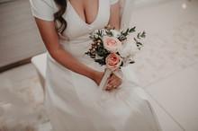Stylish Bride Without A Face I...