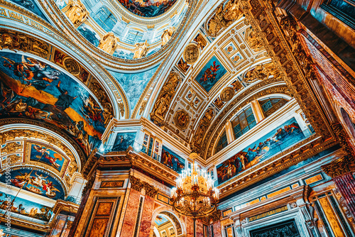 Inside Saint Isaac's Cathedral- greatest architectural creation Fototapete
