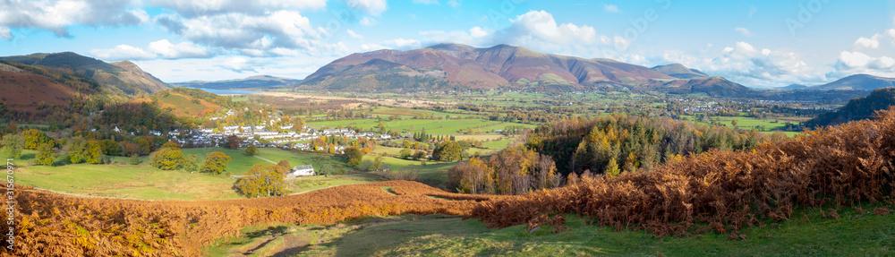 Fototapeta A panoramic view towards Braithwaite village from Barrow Fell in the Lake District,Cumbria,UK.