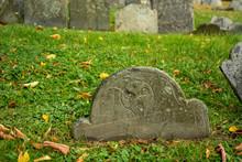 Old Skull Gravestones In Cemet...