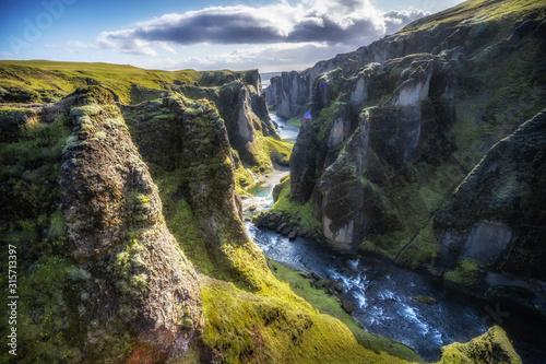 Obraz na plátně spectacular view into Kirkjubæjarklaustur canyon in southern Iceland, landscape