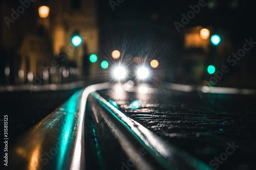 Cuadros en Lienzo Tram Line And Car Lights