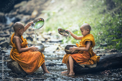 Novice Monk in Thailand Fototapet