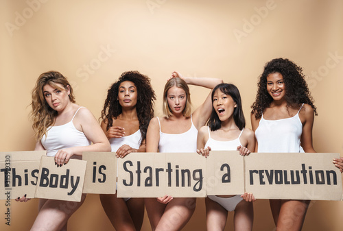 Fototapety, obrazy: Image of seductive multinational women posing with placards
