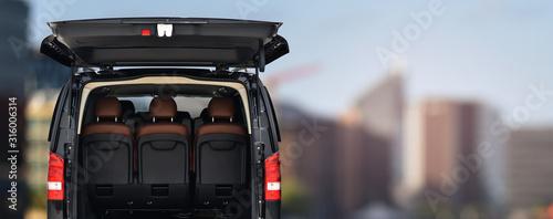 Stampa su Tela passenger minivan car for transportation office staff to work