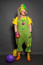 Performance Actress Clown Posi...