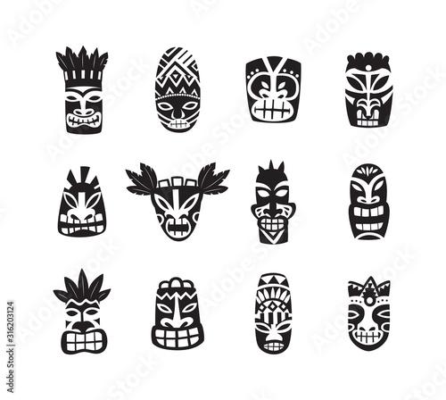 Czarno-biała maska tiki rysunek zestaw ikon na białym tle