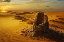 Old Water Well In The Sahara D...