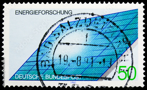 Photographie Postage stamp printed in Germany shows Solar Generator, Energy research serie, c